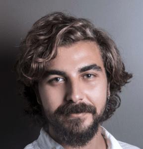 Men's Wavy Hair Style: Wavy Fringe